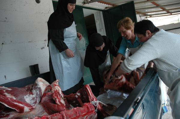 Kissavos: retrieving meat from slaughterhouse