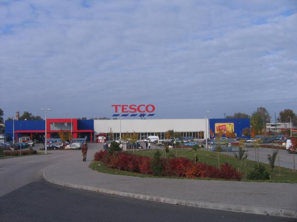 Tesco, the Super Wal-Mart of Europe