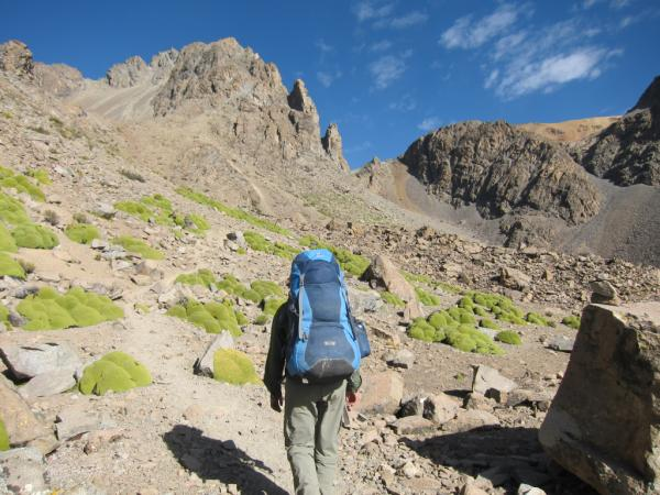 Hiking up to Paso Cerani at 5,100 meters
